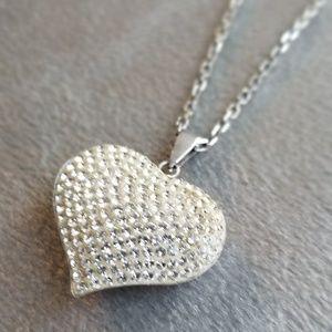 Helzberg Swarovski heart pendant necklace